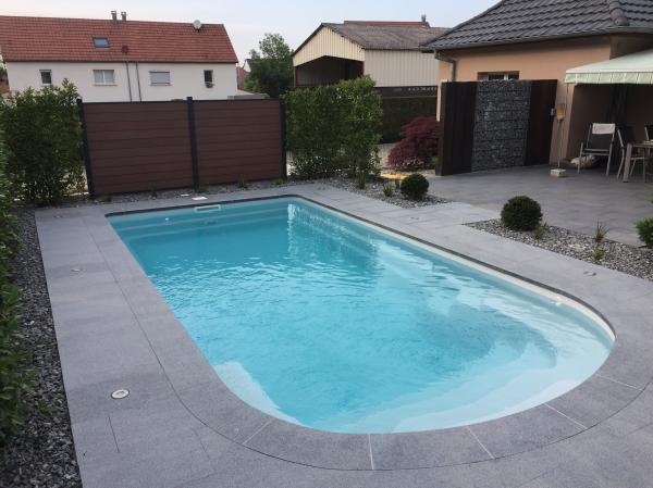 Installation de piscine coque - Aménagement complet de piscine ...